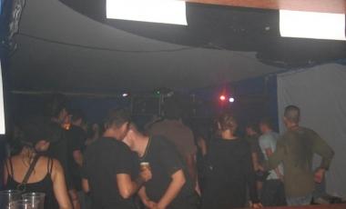 2009-09-electrodirtyparty-015