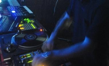 2010 Cirque Electro-18