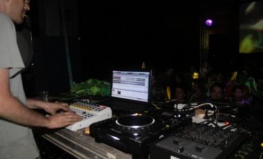 2012 Electro VS Trance-11