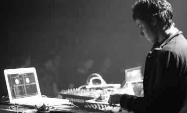 techno-revolution-2015-004